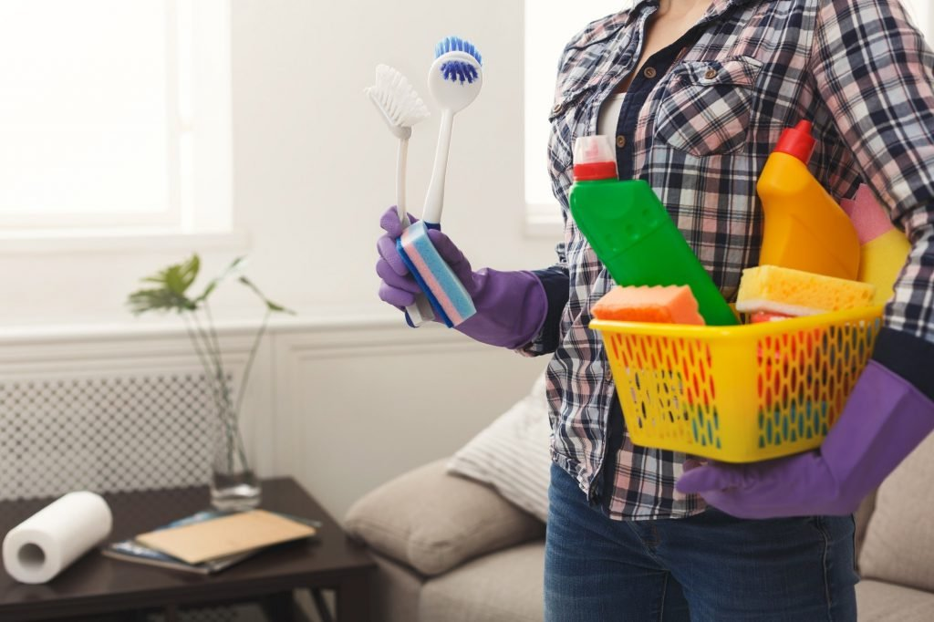 cleaning your mattress to extend lifespan