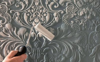 Painting Textured Wallpaper is now easy with these simple tips